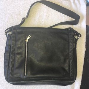 COPY - Great unisex small laptop bag